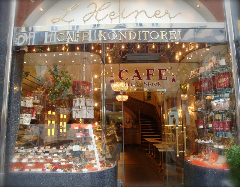 ウィーンのケーキショップ